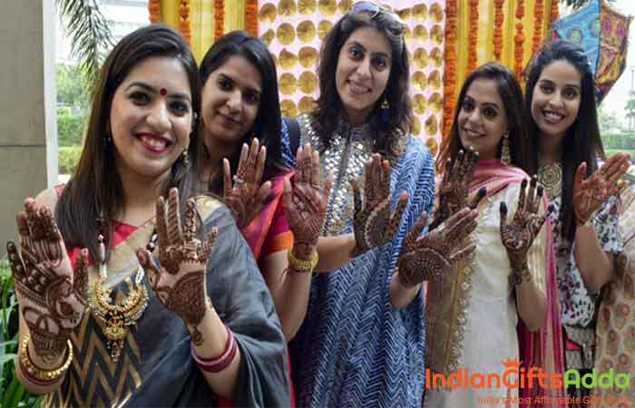 Five Creative Ways to Celebrate Karwa Chauth