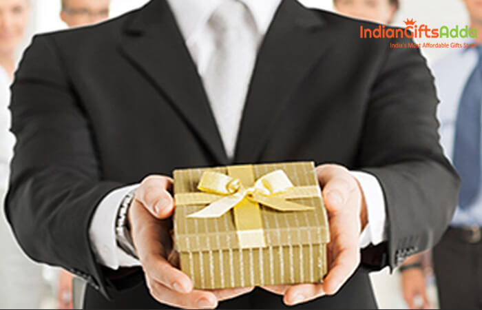 New Year Gifts Ideas for Corporate Folks