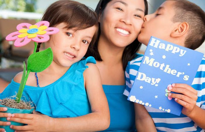 How to Make Mother Happy On Mother's Day with Amazing Mother's Day Gifts