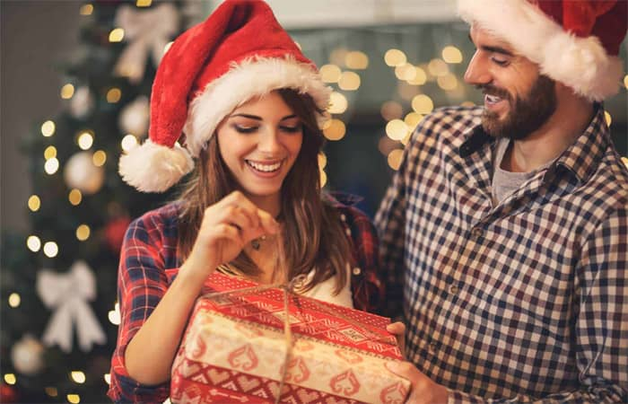 Creative Christmas Gift Ideas for Your Girlfriend