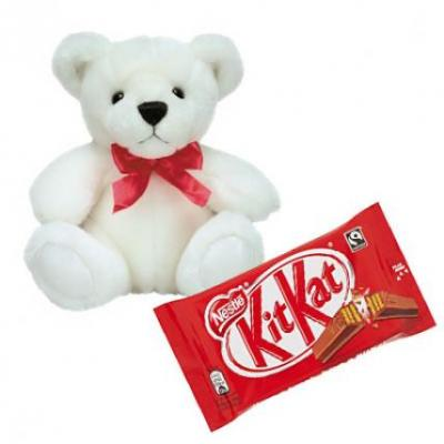 Teddy With Kitkat