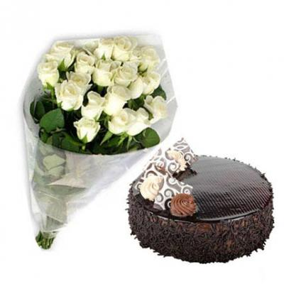 White Roses With Chocolate Cake