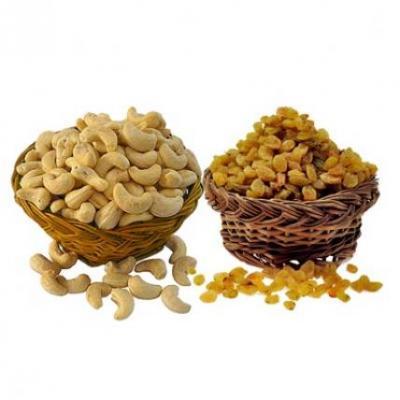 Cashew With Kismis