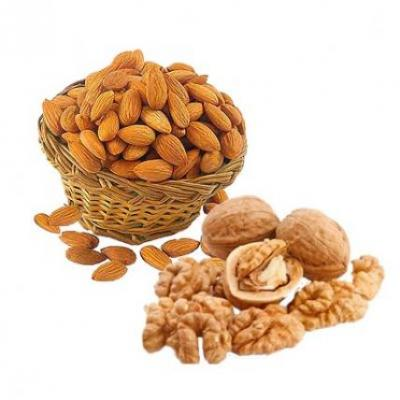 Almonds With Walnuts
