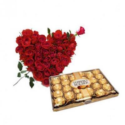 Roses Heart With 24 Pcs Ferrero Rocher