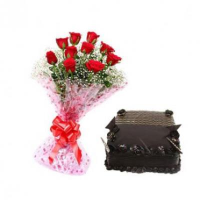 Roses With Chocolate Truffle Cake Square