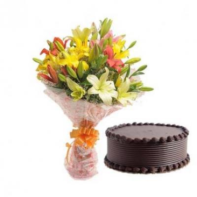 Mix Lilies With Chocolate Cake