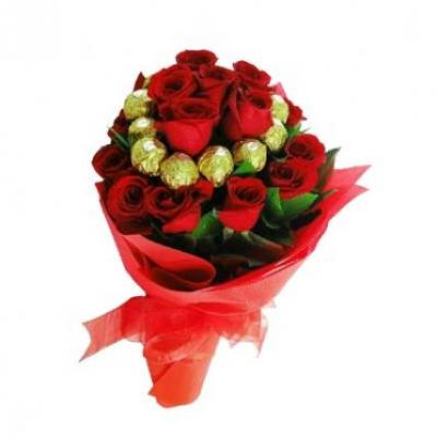 Roses With Ferrero Rocher Bouquet