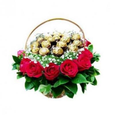 Ferrero Rocher In Roses Basket