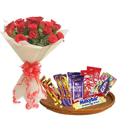 Mixed Chocolates Hamper With Roses
