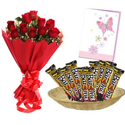 Barone Hamper With Card and Roses