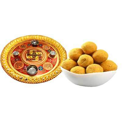 Thali with Besan Laddu
