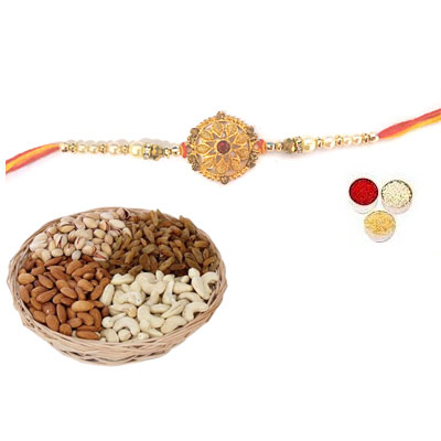 Well Designed Rakhi With Mix Dry Fruits