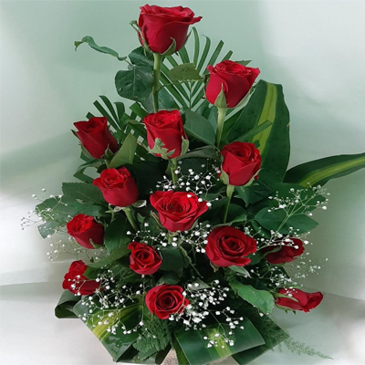 Beautiful Red Roses Arrangement
