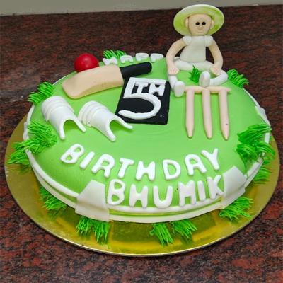 Eggless Fondant Birthday Cake